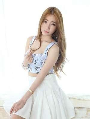 韩国轻熟女爆乳诱人甜美照 韩国美女图片壁纸